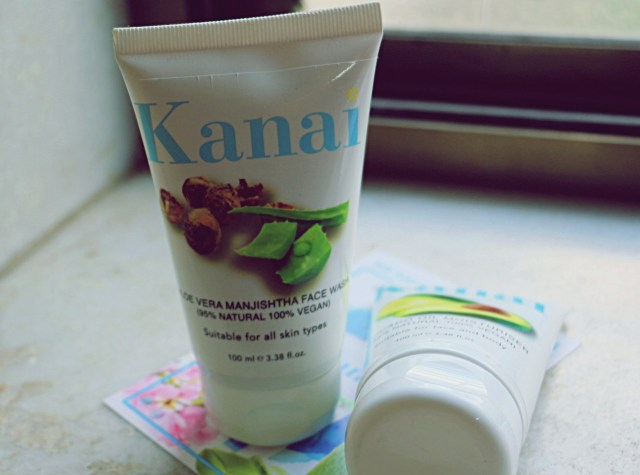 Top 5 Face Washes For Dry Sensitive Skin in India - Kanai Organics
