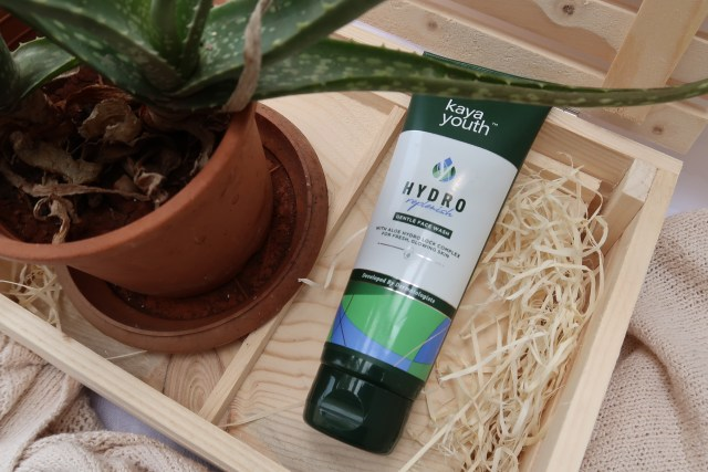 Kaya Youth Hydro Replenish Face Wash | Review