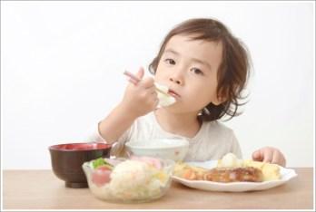 子ども、食事