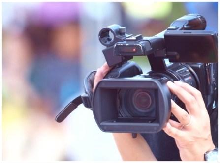 運動会、親、カメラ