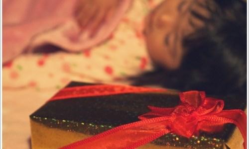 子供、プレゼント、寝る