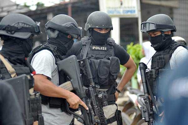 Densus 88 Tangkap 3 Terduga Teroris di Kalbar - Kabar24 Bisnis.com