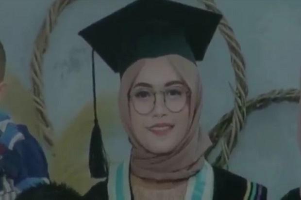 Baru Diwisuda! Guru Cantik Ini Gagal Menikah karena Jadi Korban Bus Maut di Sumedang