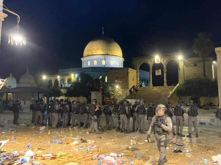 Lebih 50 Orang Terluka setelah Serdadu Zionis Serang Jama'ah Shalat Tarawih di Masjidil Aqsha - Hidayatullah.com