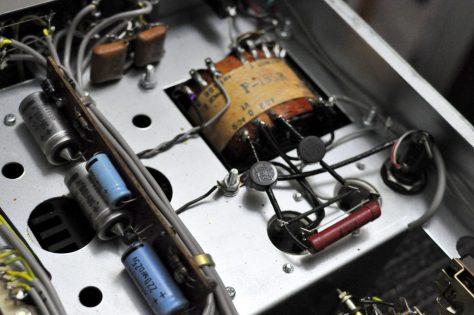 DSC6425-1024x680 Vintage Luxman SQ-505 Integrated Amplifier for Sale