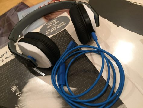 IMG_2297 Headphone Bargain: Logitech Ultimate Ears 4000 Review
