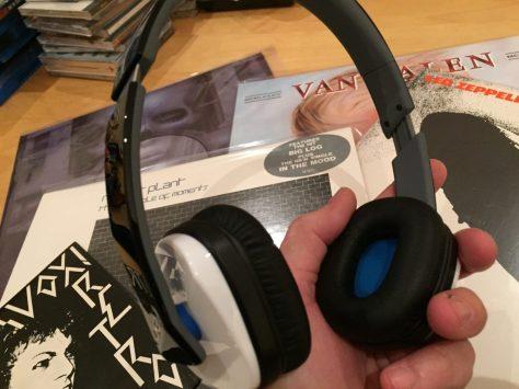 IMG_2299 Headphone Bargain: Logitech Ultimate Ears 4000 Review
