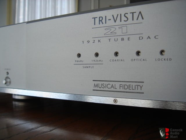 127567-musical_fidelity_trivista_21_dac
