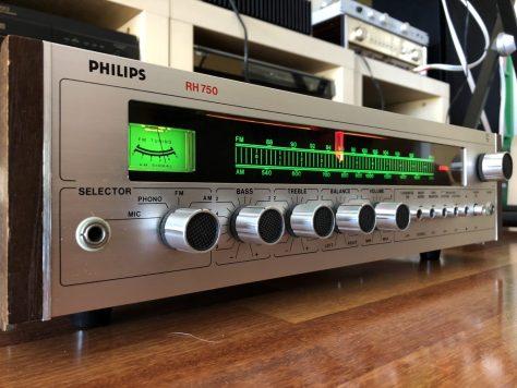 img_8689 Gorgeous Philips RH 750 Receiver & Why We Love Hi-Fi!
