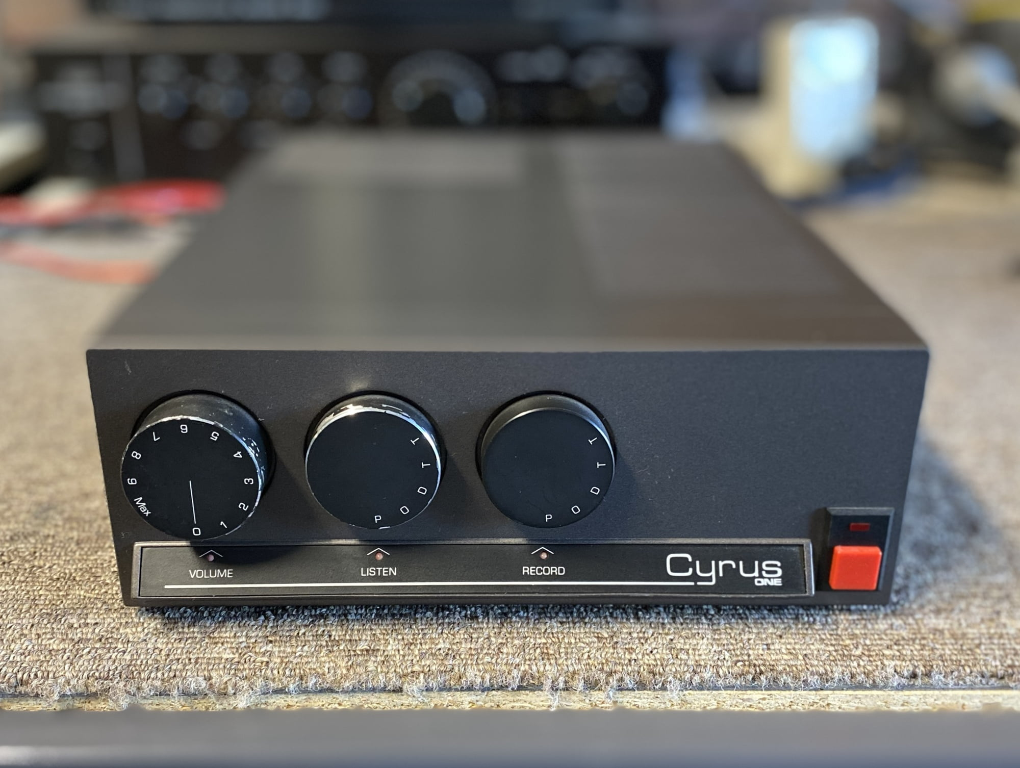 Read more about the article Mission Cyrus One Integrated Amplifier Repair and Review