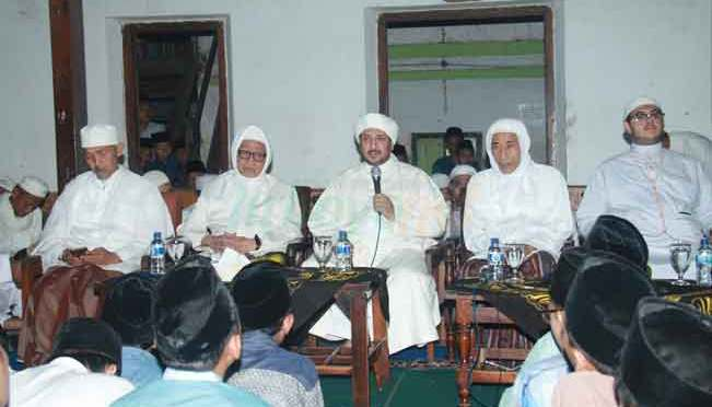 Kunjungan Syekh Muhammad Bin Ismail Zain al-Yamani di Lirboyo