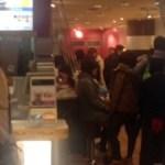 阪急梅田駅での充電はタリーズコーヒー阪急三番街南館店にします。