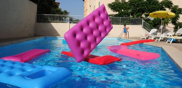 Elaborate, rich visuals track your ball's path and give you a realistic feel. The Best Time To Open Your Poolthe Best Time To Open Your Pool