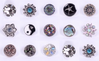 So many Sparkle Snaps to choose!