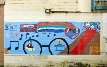 On the side of Kress Cinemas | Hilo