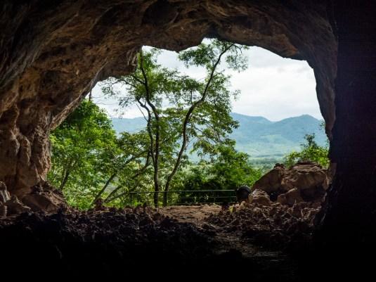 Tham Piu Cave Entrance
