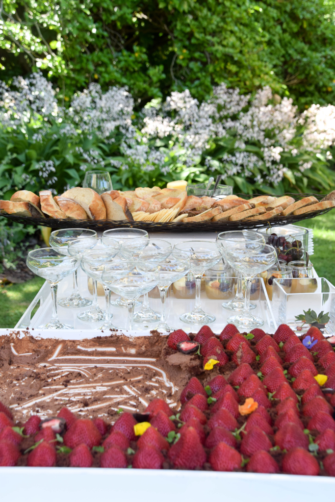 Wine Food Farmgate Garden Party – Gardens House