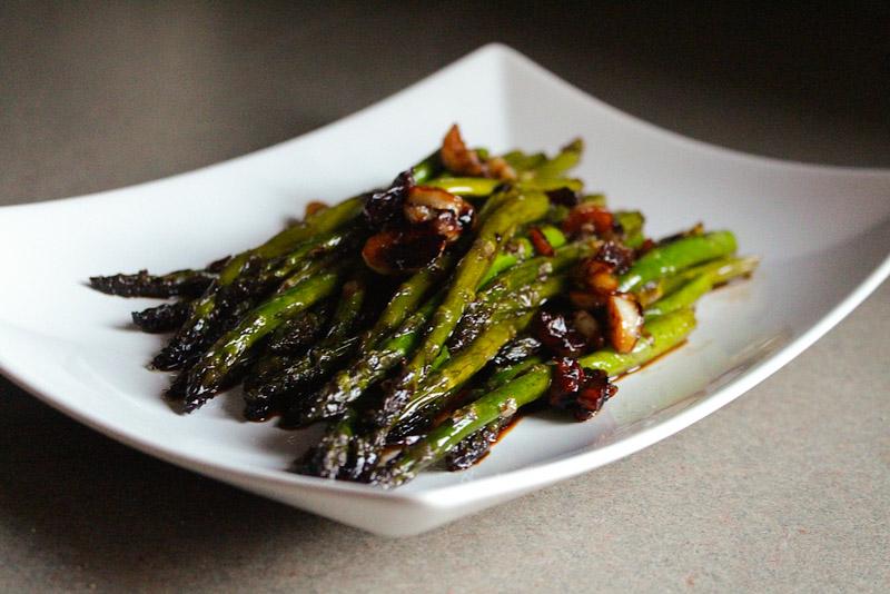 Pan Seared Asparagus with a Soy Sauce Glaze
