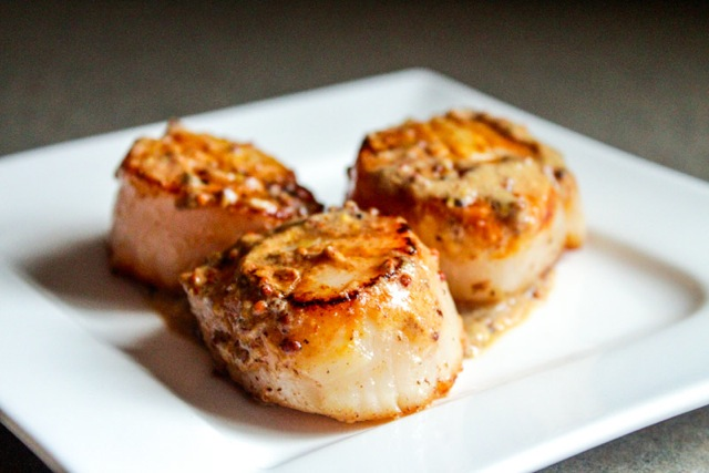Pan Seared Scallops in a Butter and Cream Sauce