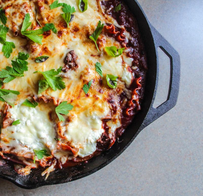 Skillet Lasagna I LisaGCooks.com