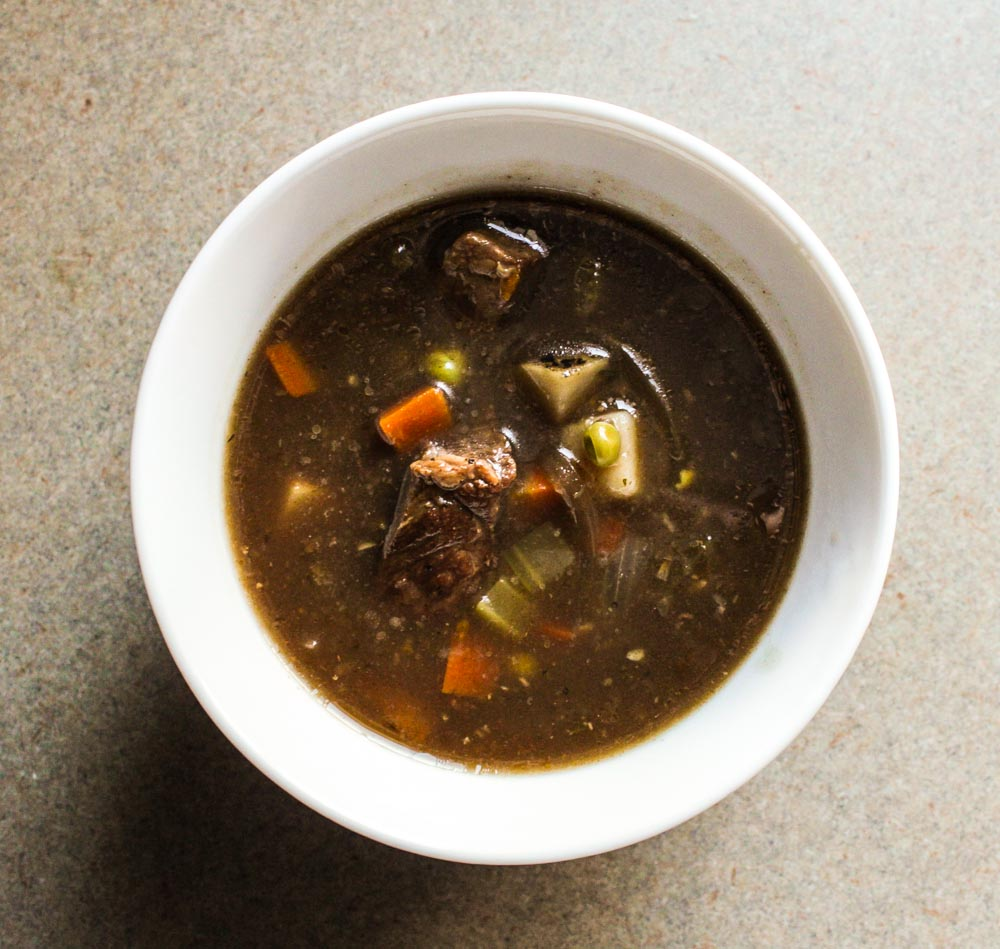crockpot veggie beef soup-1