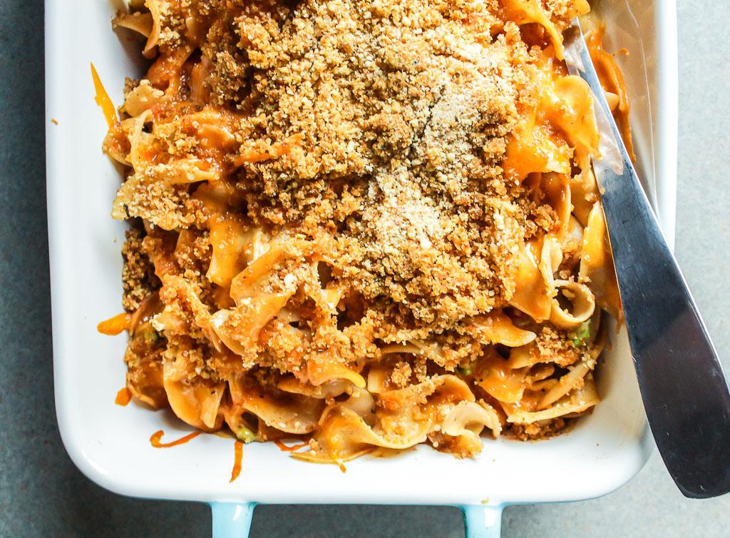 Cheesy Tuna Noodle Casserole I LisaGCooks.com