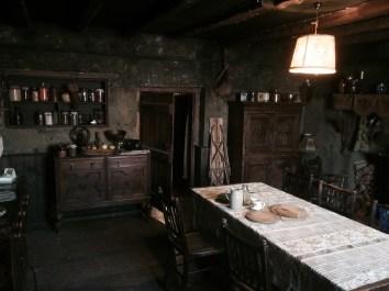 Int. Farmhouse
