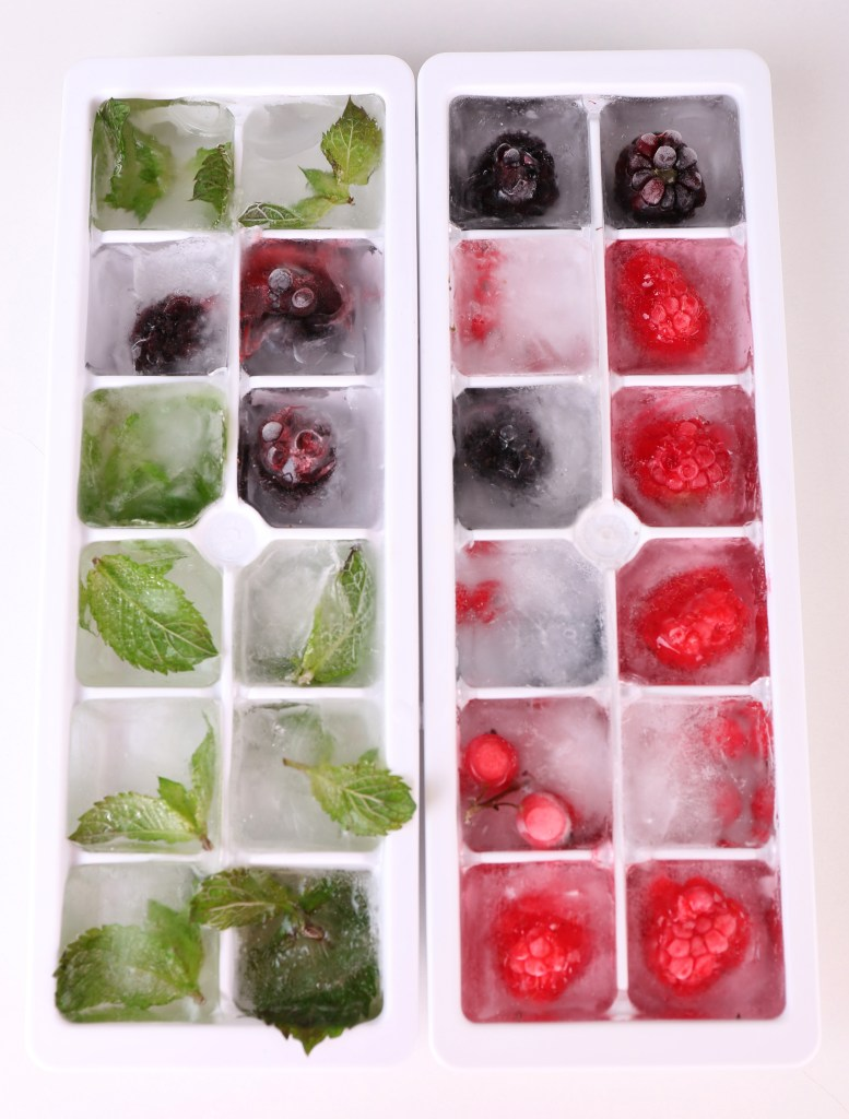 minz_berry_ice_cubes