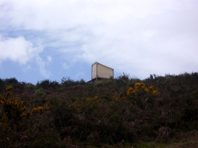the_aural_lookout_Lisa_Premke_installation_view_portugal_Binaural_Nodar
