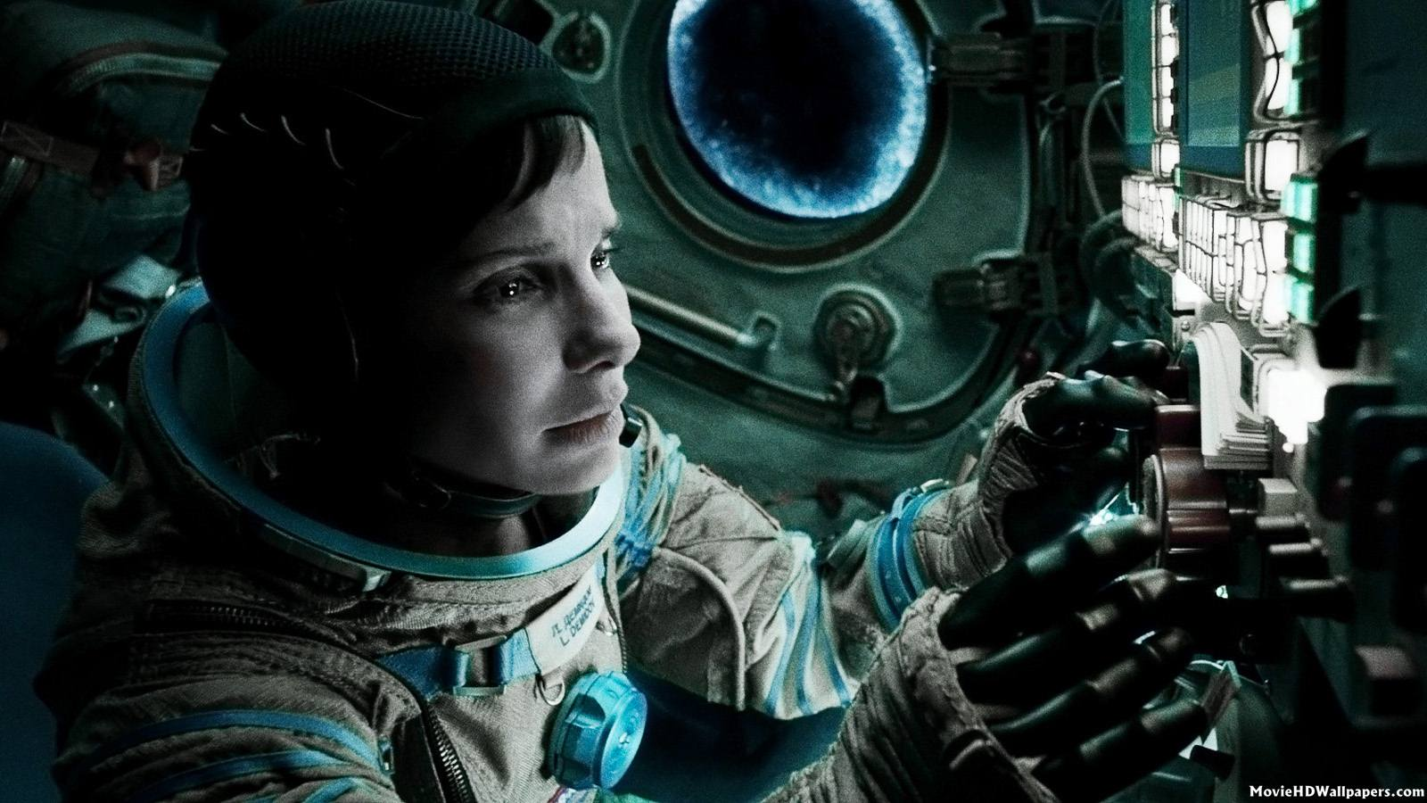 gravity-2013-movie-stills | signs and sirens
