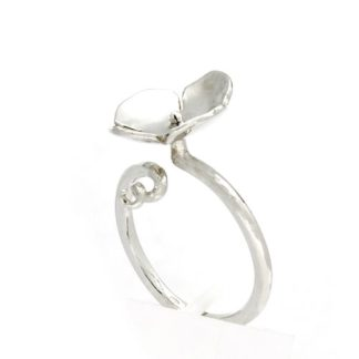 Eco recycled silver flower ring | Lisa Rothwell-Young