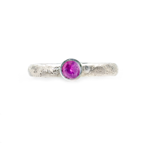 Alternative Engagement Ring - Lichen Texture Pink Sapphire Front   Lisa Rothwell-Young