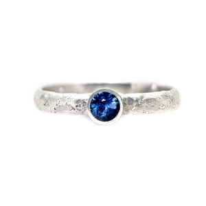 Alternative Engagement Ring - Lichen Texture Sapphire Front View | Lisa Rothwell-Young