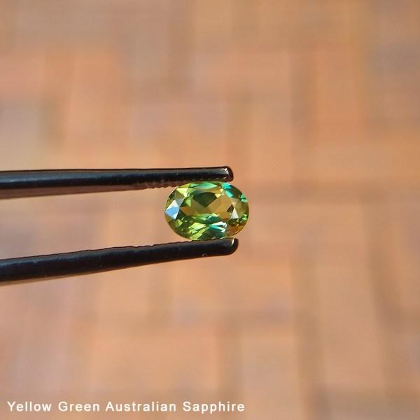 Yellow_Green_Australian_Sapphire1_Lisa_Rothwell_Young