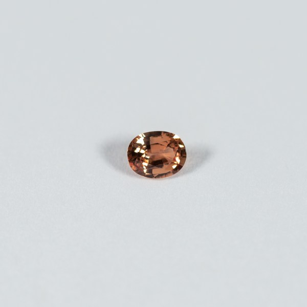 Ethical Oval Peach Sapphire|Lisa Rothwell-Young