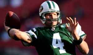 Favre playing for the Jets