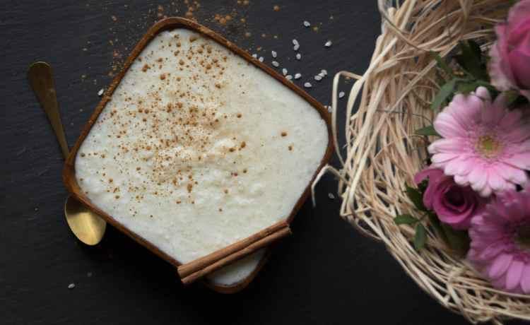 Leckerer Protein-Milchreis zum Nachkochen. Gesund, High-Protein, eiweißreich, lecker und schnell zubreitet.