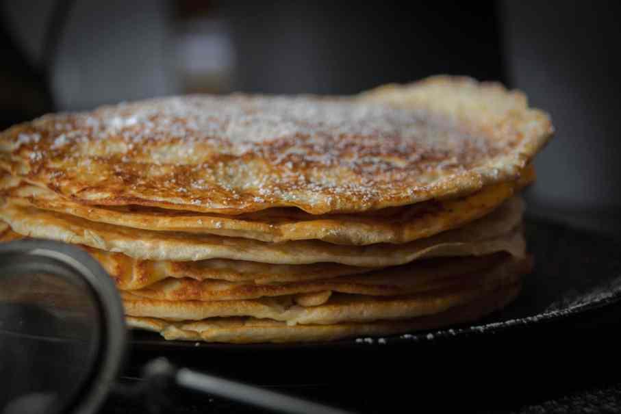 Proteinpancakes ideal zum Abnehmen oder für Fitnessbegeisterte. Tolle Nährwerte, High Protein, wenig Kalorien und Kohlenhydrate. Schnelles Rezept.