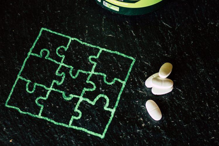 Aminosäuren für Ausdauersportler. Das Optimale Muster mit den EAA Tabletten von Vitaminversand24. Human Code.