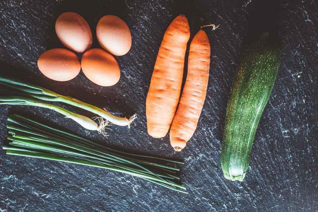 Zutaten für Gemüserösti mit versunkenem Spiegelei mit Rezept