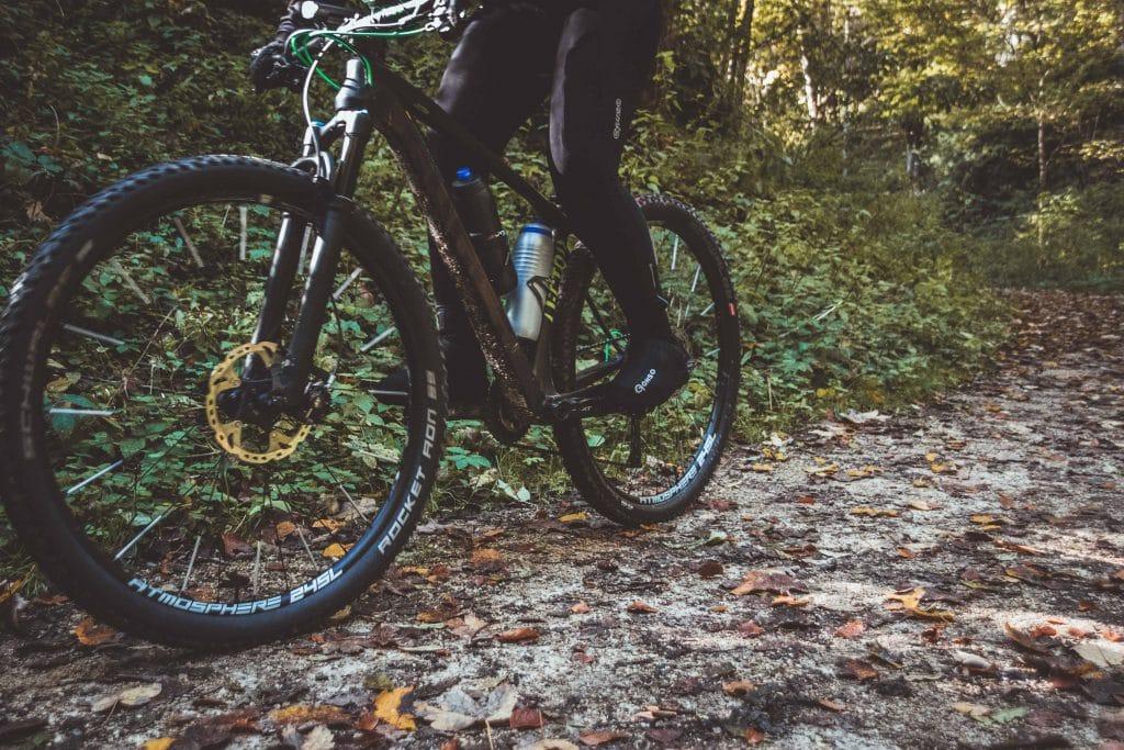 Keine kalten Füße mehr beim Radfahren im Winter.