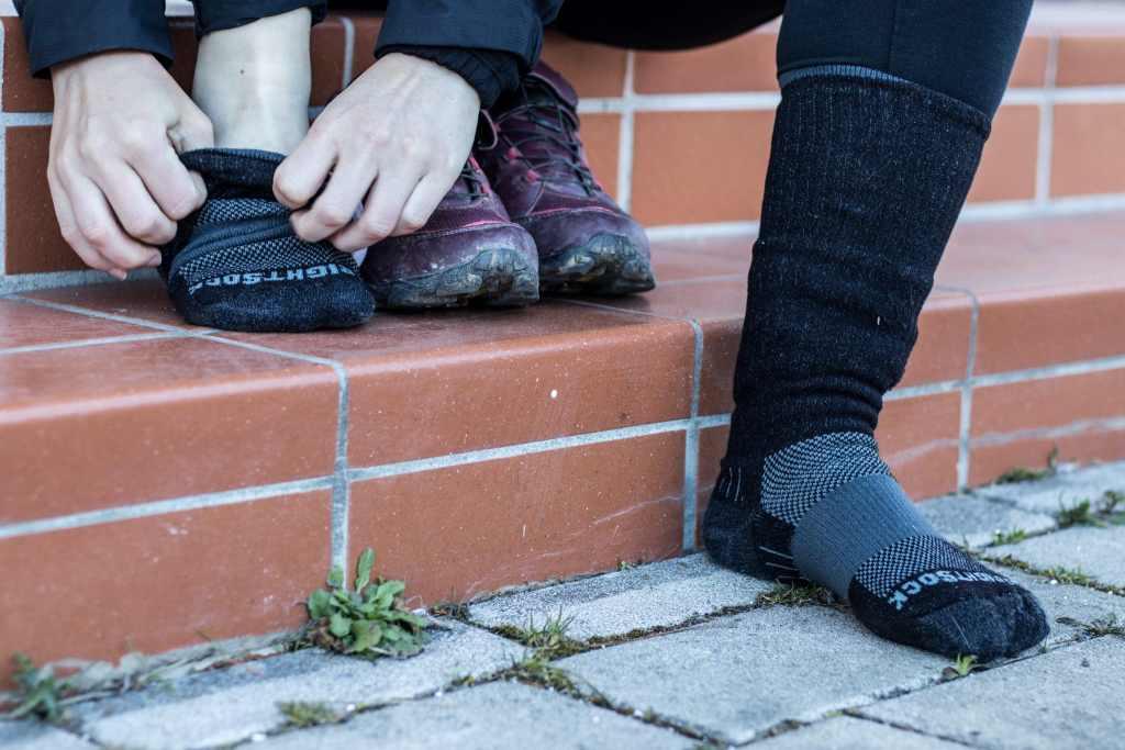 Ideal zum Radfahren sind die doppellagigen Socken von Wrightsock.