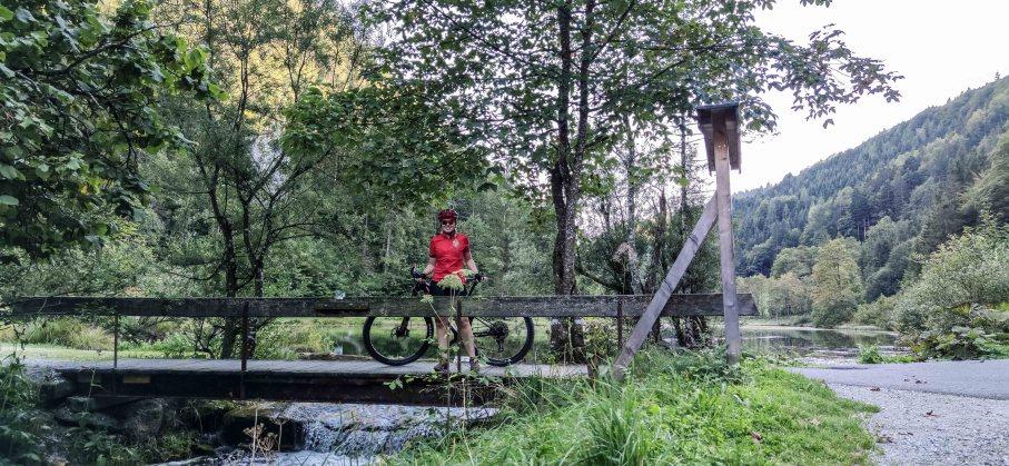 Wiesensee im PillerseeTal - Radtour mit dem Mountainbike um die Buchensteinwand