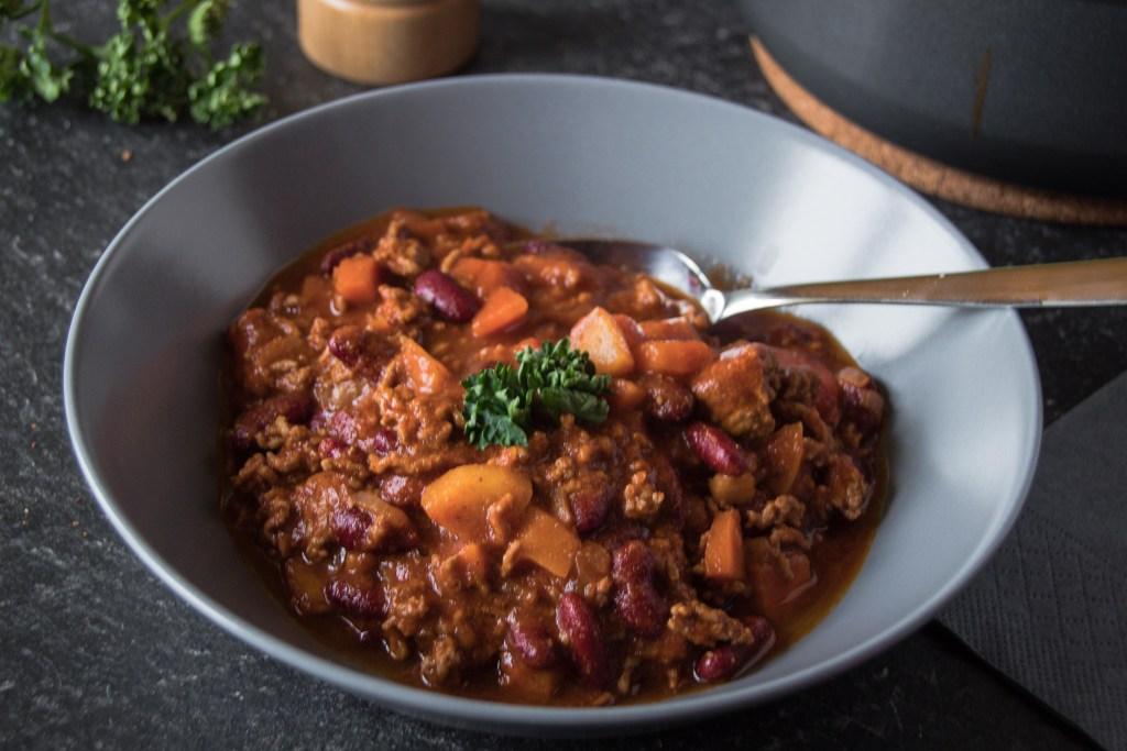 Chili con Carne ein günstiges Meal Prep Rezept zum Vorkochen mit Aldi Süd.