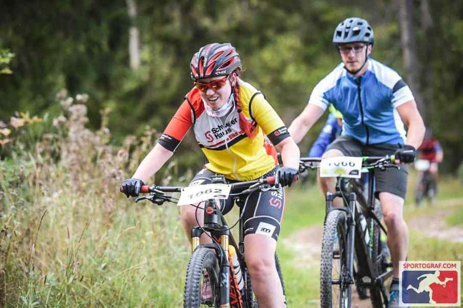 Mountainbike Wettkampf ohne Druck und Vergleich.