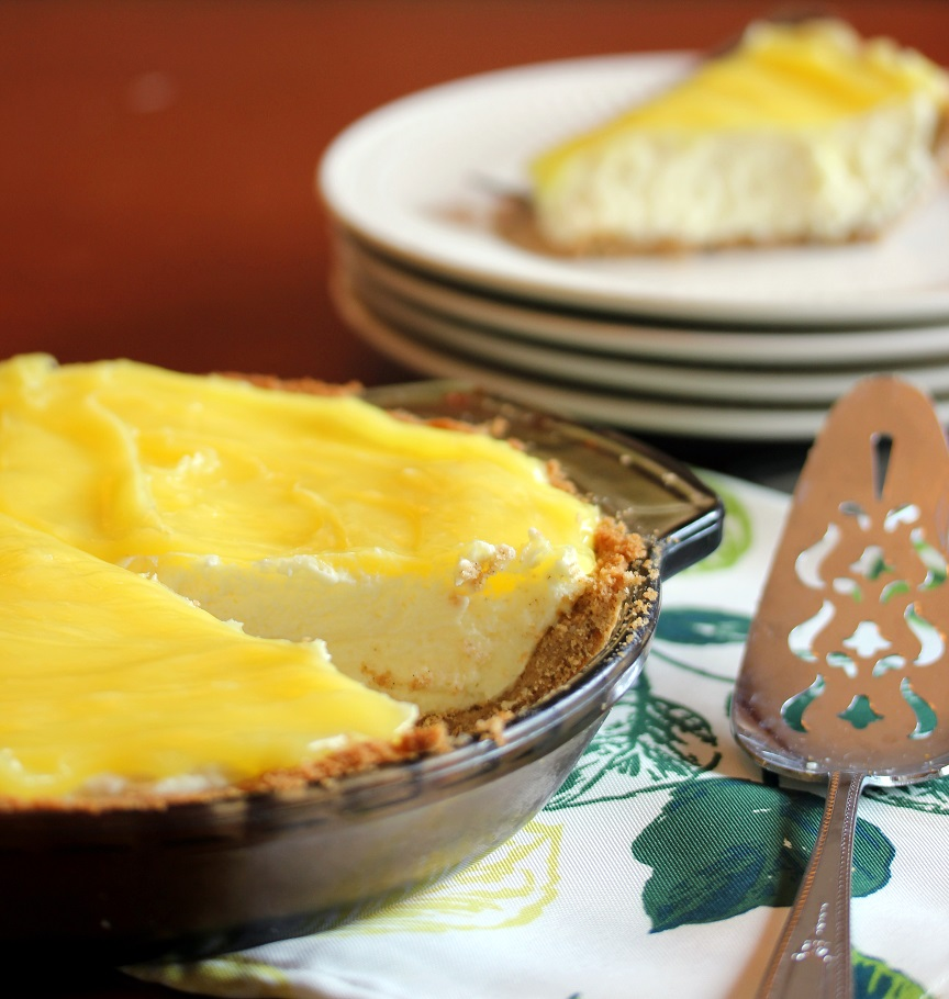 Almost No Bake Lemon Cream Pie