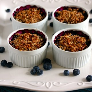 White Chocolate Blueberry Crisp