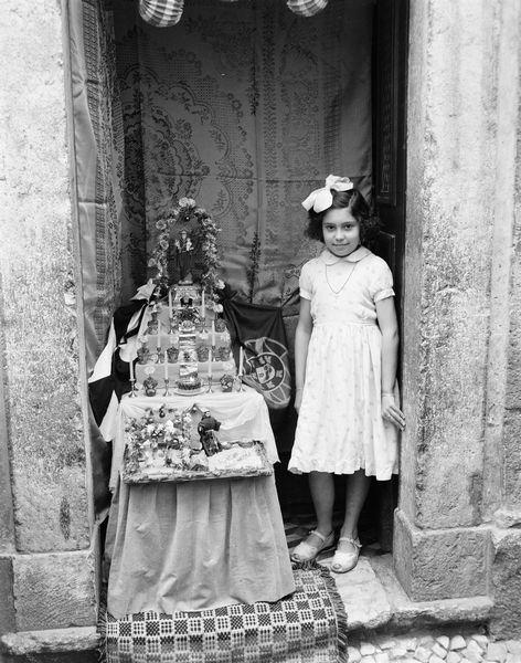 Autel de Saint-Antoine. 1953. Photo de Armando Serôdio. PT/AMLSB/SER/S00084