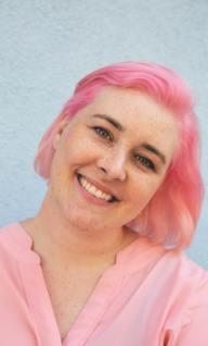 lise sommerlund blogger lyserødt hår