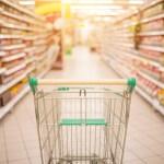 winkelen met kinderen naar de supermarkt kan een drama zijn in de zomervakantie Lisette Schrijft